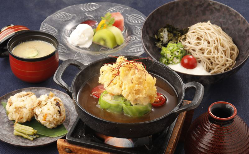 彩り野菜の鉄蒸しあんかけ定食
